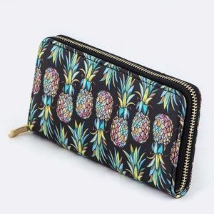 20% OFF 2+🍍 pineapple print wallet black colorful